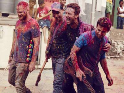 """Coldplay: il nuovo singolo """"A Head Full of Dreams"""" è già N.1"""