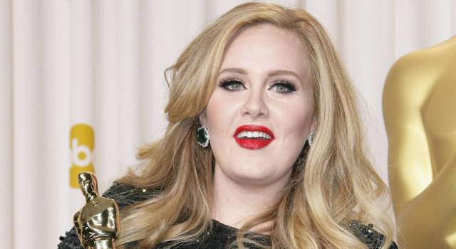 """Adele annuncia stop per 2 anni: """"Voglio un altro figlio"""""""