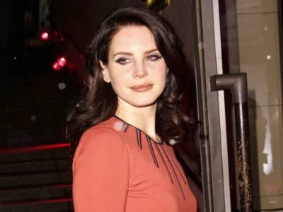 Paura per Lana Del Rey: lo stalker della cantante è stato arrestato