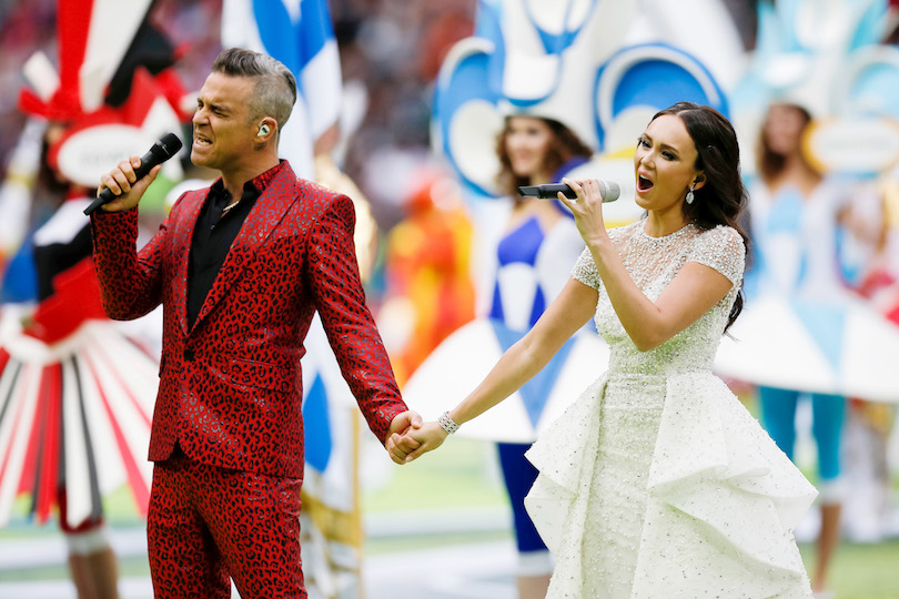 Robbie Williams e Aida Garifullina