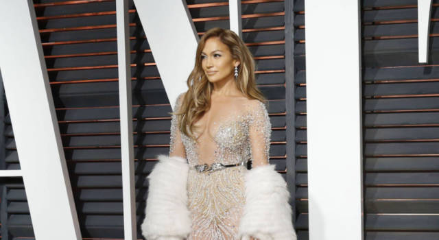 Jennifer Lopez: 100mila dollari al minuto per un mini-concerto in Qatar