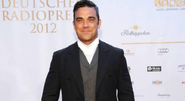 Robbie Williams e Ayda Field travolti dalla passione… dietro le quinte di X Factor!