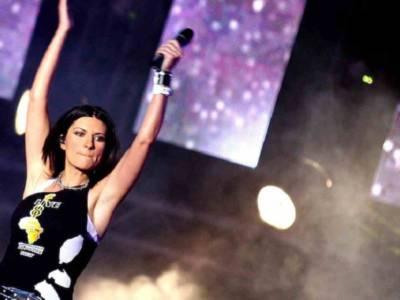 Chi è Bebe, la cantante spagnola che ha duettato con Laura Pausini