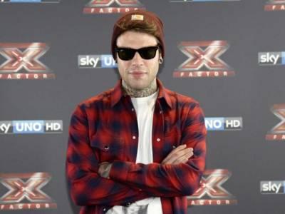 """Papa Francesco cita Fedez, il rapper se la ride: """"Francy, ne ho altre da suggerirti"""""""