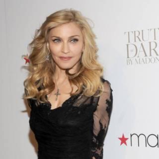 Madonna compra la mega villa di The Weeknd da 20 milioni di dollari: ecco le foto