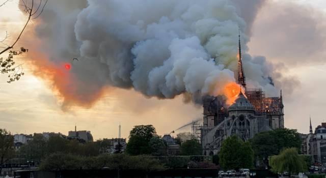 Incendio Notre Dame: le reazioni del mondo della musica