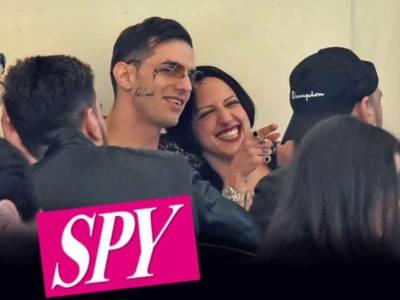 Achille Lauro paparazzato con una misteriosa ragazza: il cantante svela la sua identità