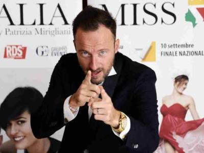 Francesco Facchinetti: le curiosità su un artista a tutto tondo