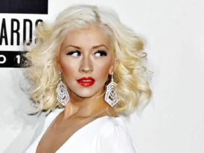 Christina Aguilera senza reggiseno a Las Vegas: la foto