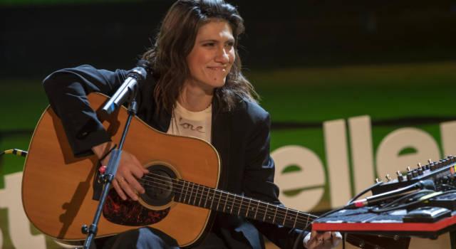 Elisa devolve l'incasso del suo tour ai suoi musicisti e alla sua crew