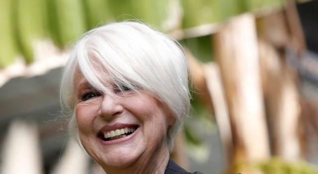 Tutto su Loretta Goggi, la prima donna che ha condotto Sanremo