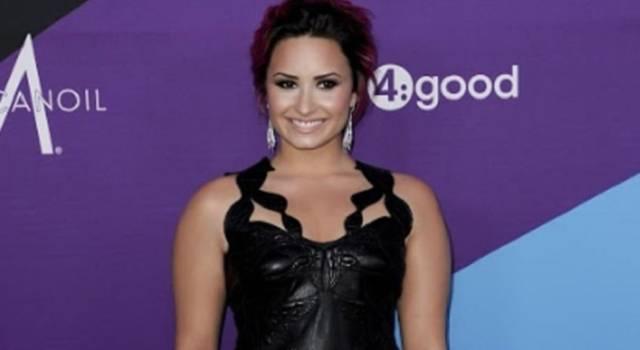 Demi Lovato presenta il nuovo singolo I Love Me