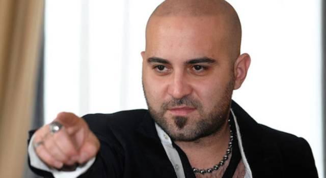 Giuliano Sangiorgi: le curiosità sul cantante dei Negramaro
