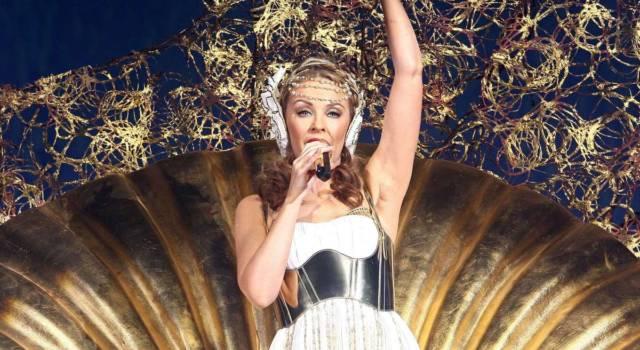 Kylie Minogue, più forte della malattia e bella come Venere