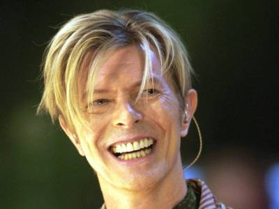 È morto Max, il cagnolino di David Bowie che aveva i suoi stessi occhi