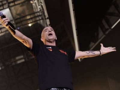 Tutto su Eros Ramazzotti, il cantante salvato dalla musica