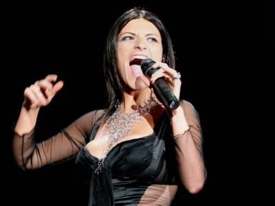 Laura Pausini: ecco il video ufficiale di Io sì con un cameo di Sophia Loren