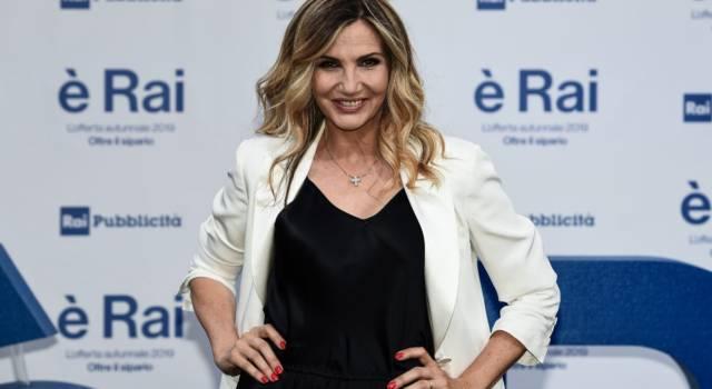 Lorella Cuccarini: le curiosità sulla sua carriera da cantante