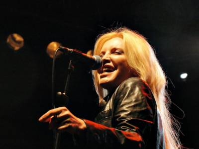 Le migliori canzoni di Patty Pravo: da La bambola a …E dimmi che non vuoi morire