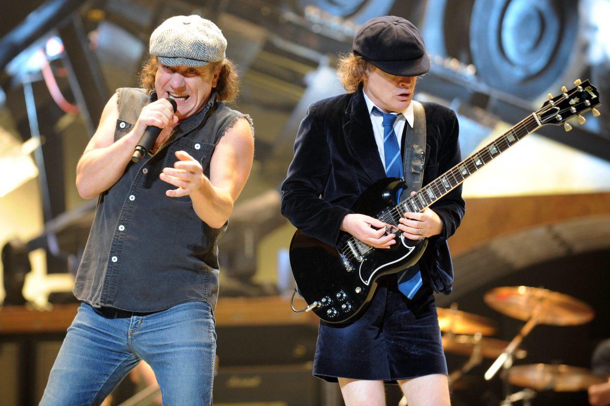Brian Johnson e Angus Young degli AC/DC