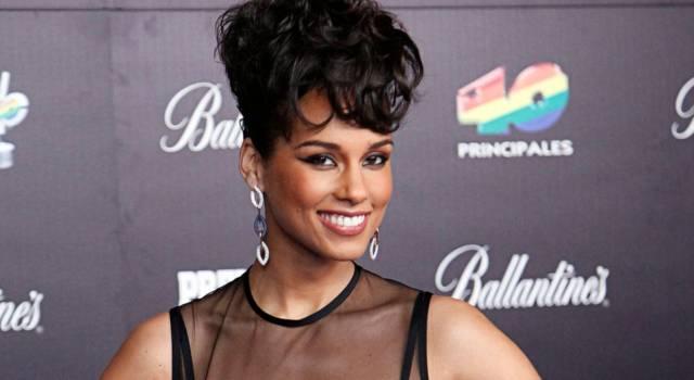 Alicia Keys senza veli su Instagram fa impazzire i fan!