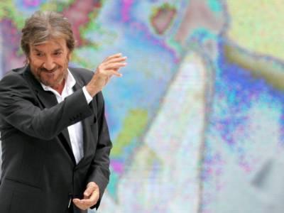 Da Mengoni ai Tiromancino: l'addio della musica italiana a Gigi Proietti
