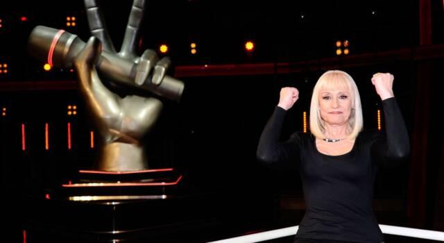 L'ultimo saluto a Raffaella Carrà: ai funerali presenti tantissimi amici e colleghi famosi