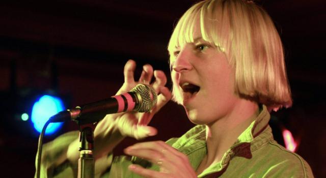 Chi è Sia, la cantante di Chandelier e Titanium