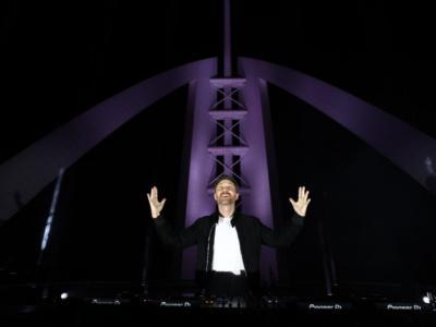 David Guetta protagonista di un dj set in streaming da Dubai