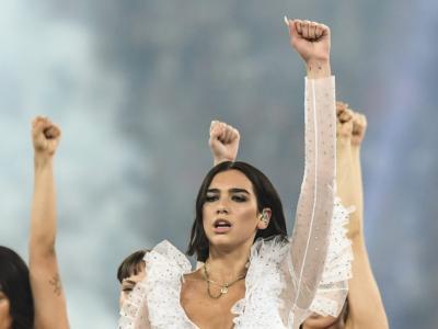 Oscar 2021: Due Lipa si esibirà in streaming nel tradizionale party della vigilia