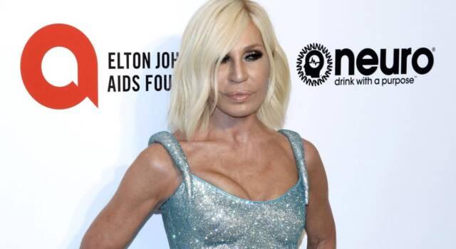 """Donatella Versace confessa: """"Una volta volevo i Blur per uno show, ma mi ritrovai con i Blue"""""""