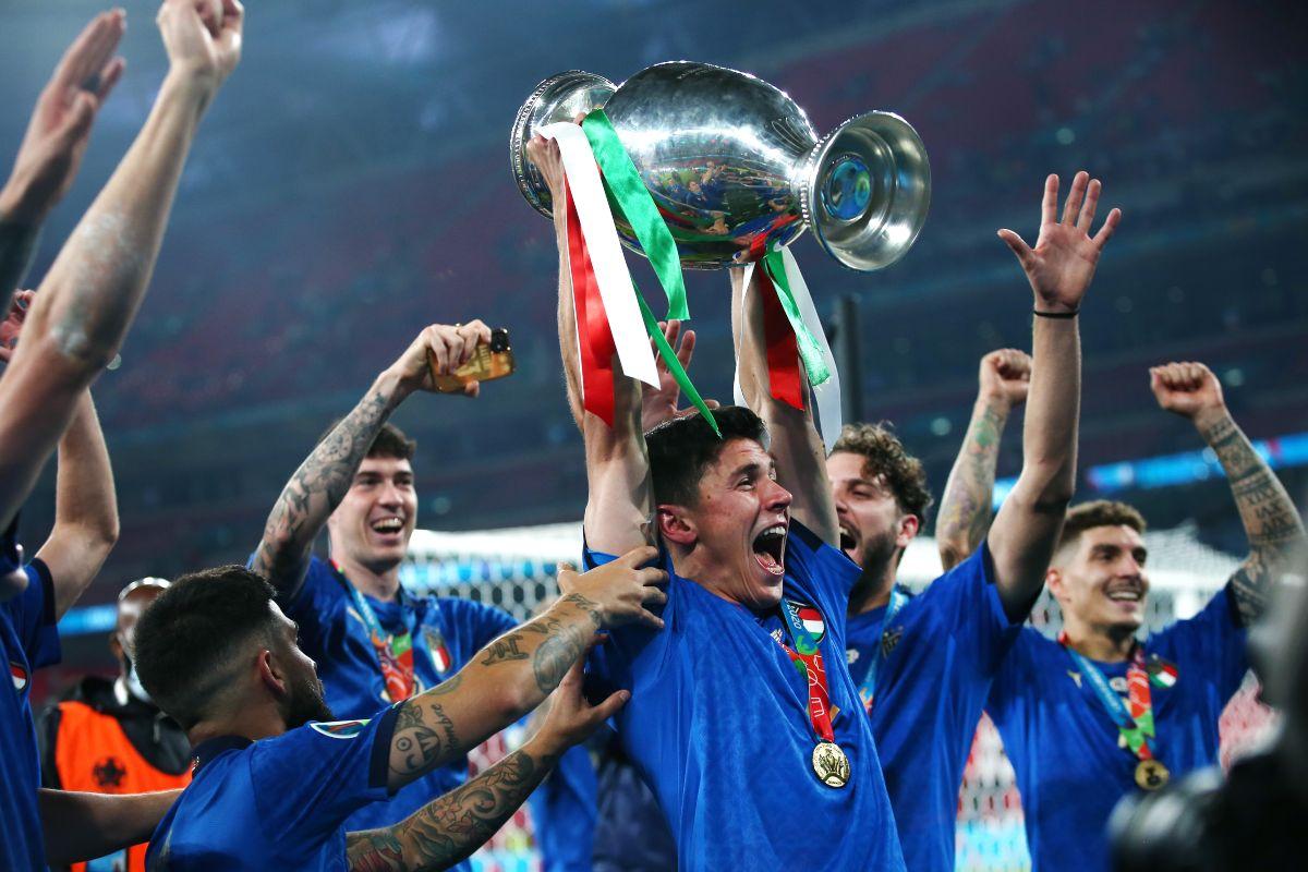 L'Italia solleva la Coppa a Euro 2020